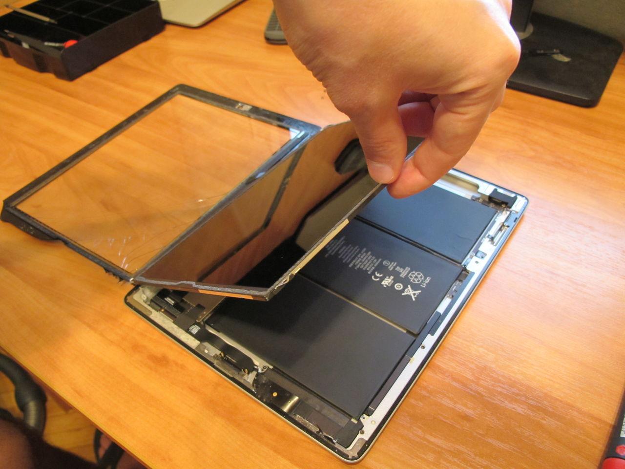 Замена стекла на планшетном компьютере ремонт линии городского телефона в санкт-петербурге